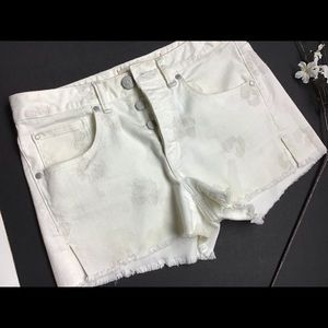Marc by Marc Jacobs Ivory Embroidery short Size 29